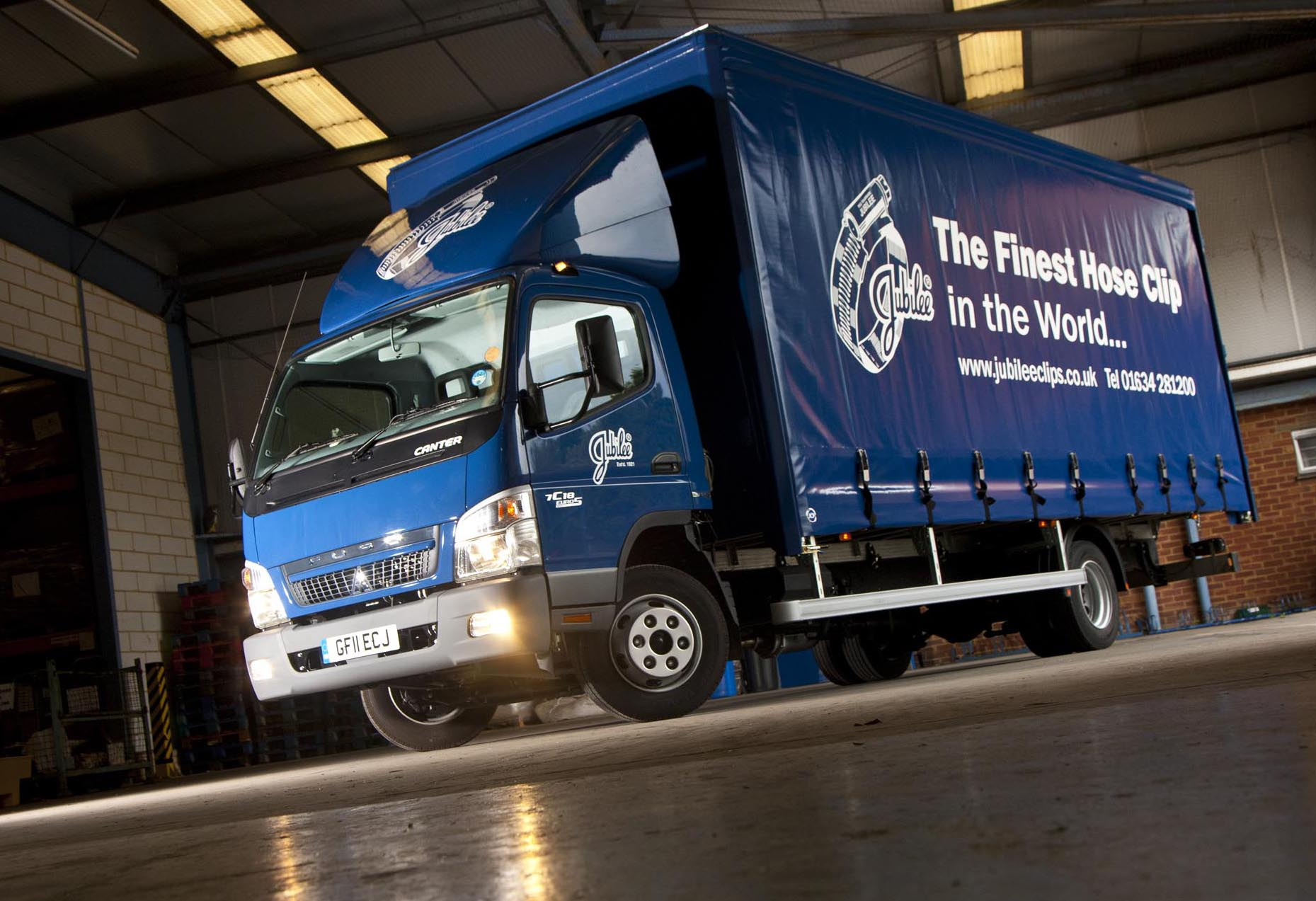 jubilee u00ae clip founder fastens on to fuso canter